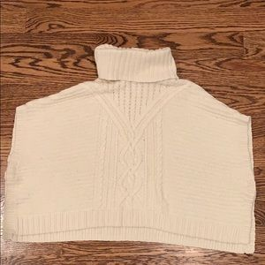Gap M(8) cream cable knit poncho sweater